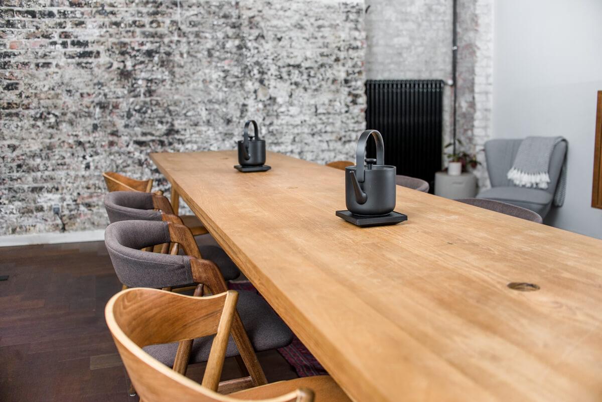 Teázó asztal
