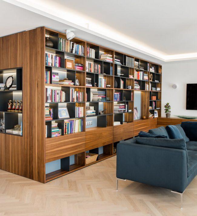 Könyvespolc
